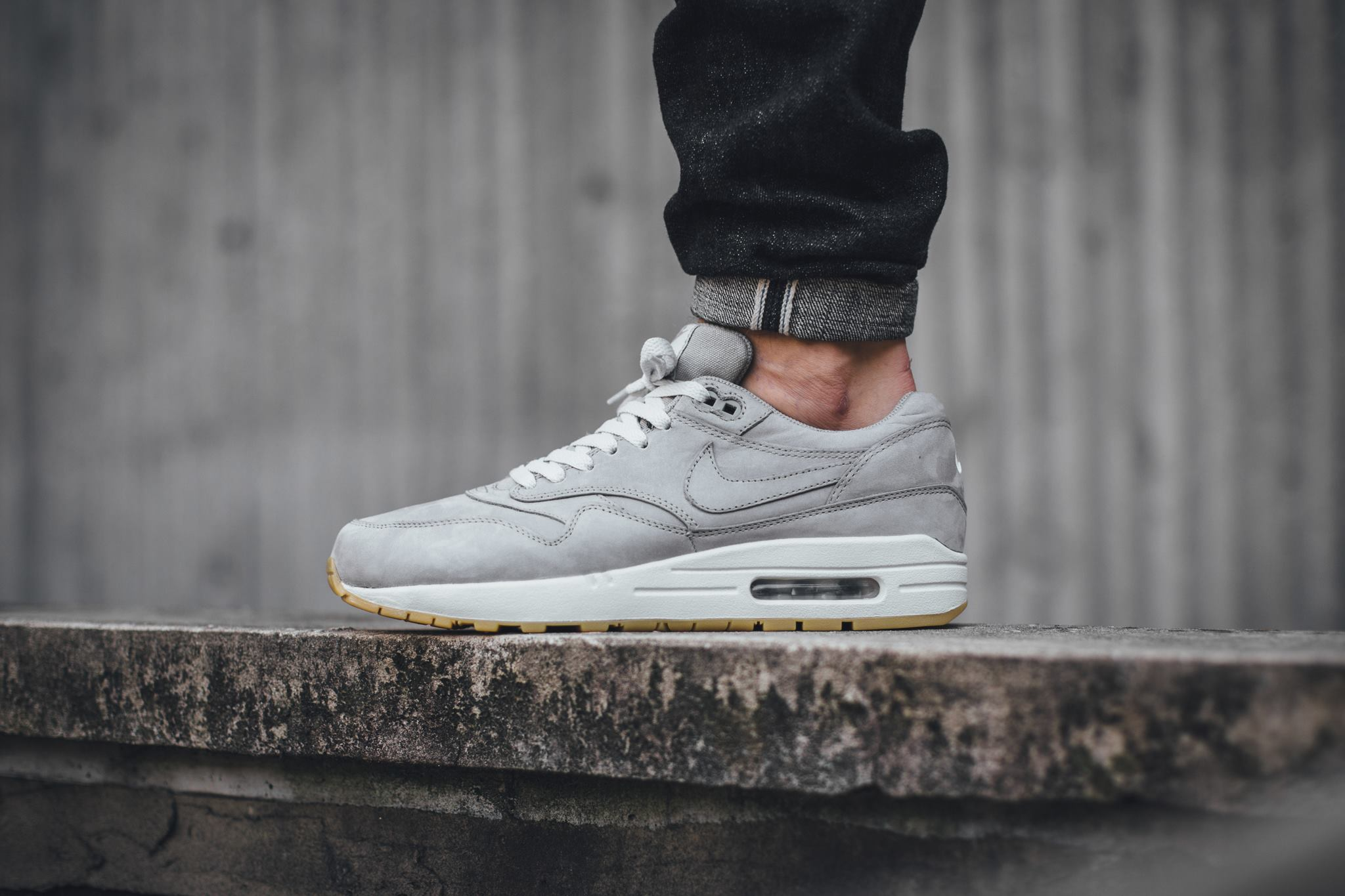 Nike Air Max 1 LTR PRM Medium Grey