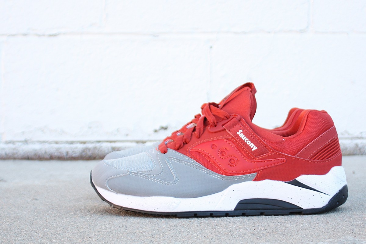 "Saucony Grid 9000 ""Grey & Red"""
