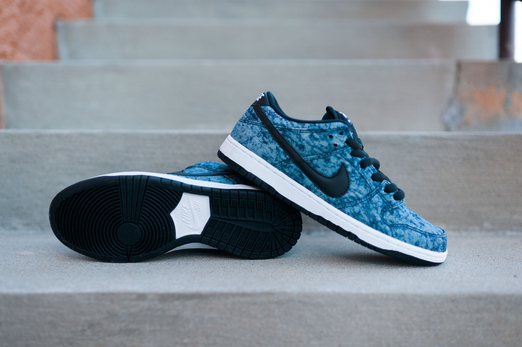 Nike Dunk Low PRM SB Denim