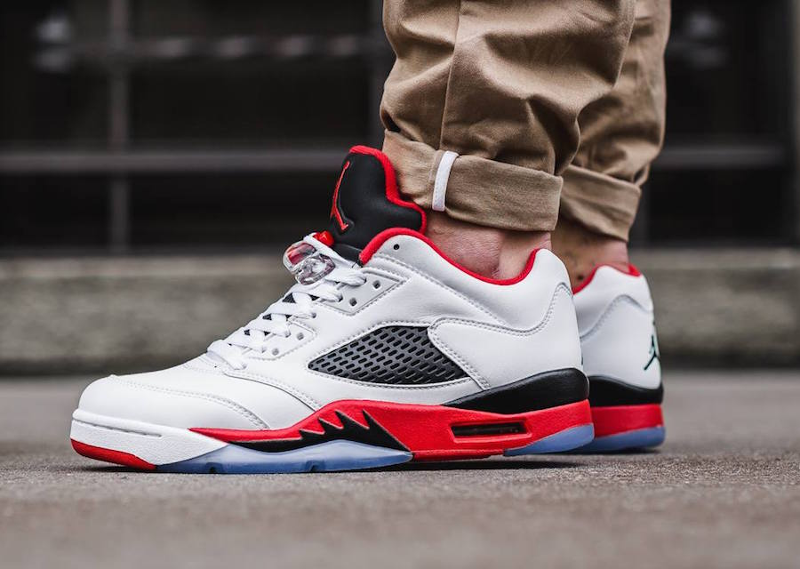 pretty nice 79020 45d73 Air Jordan 5 Low Fire Red