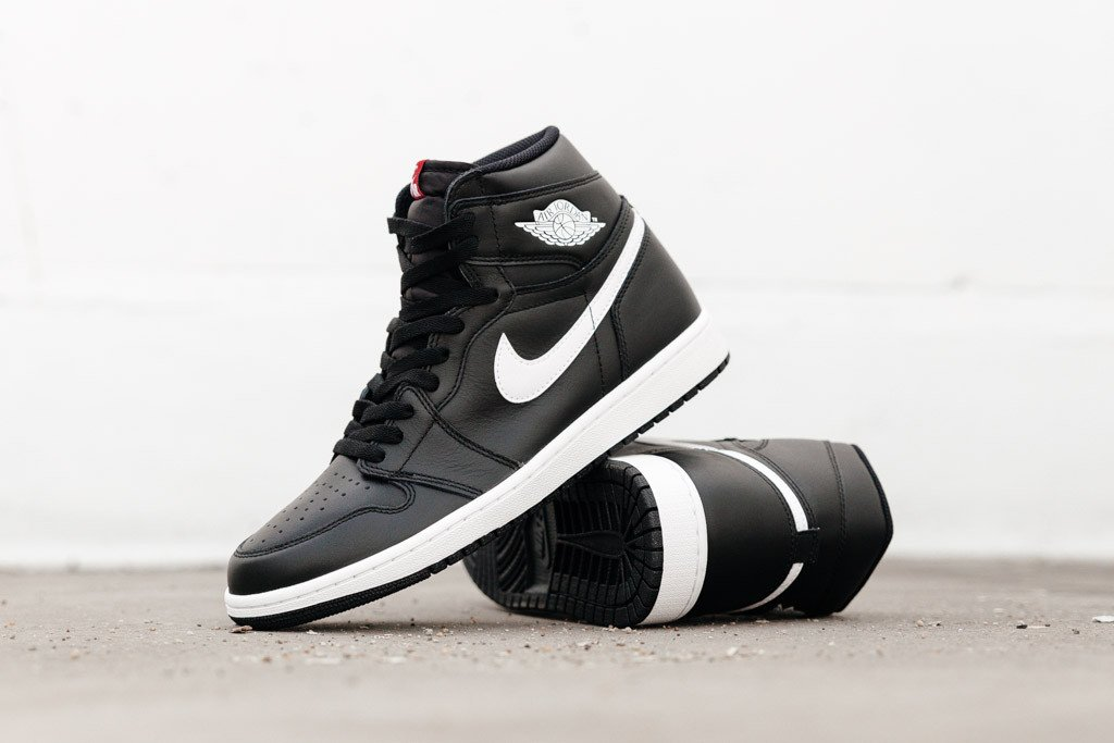 Air Jordan 1 High Yin Yang Black