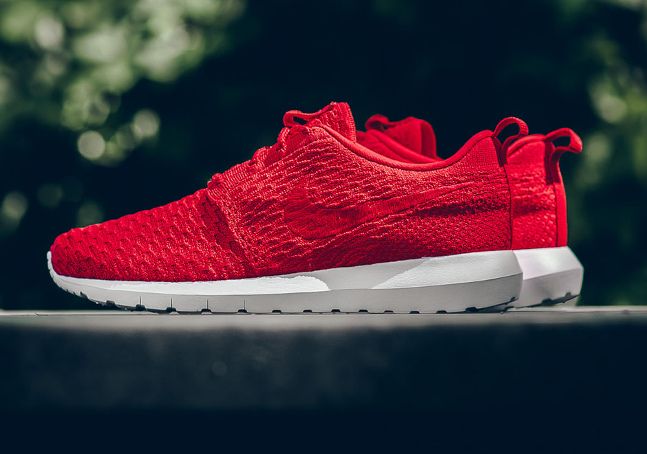 Nike Roshe One NM Flyknit University Red