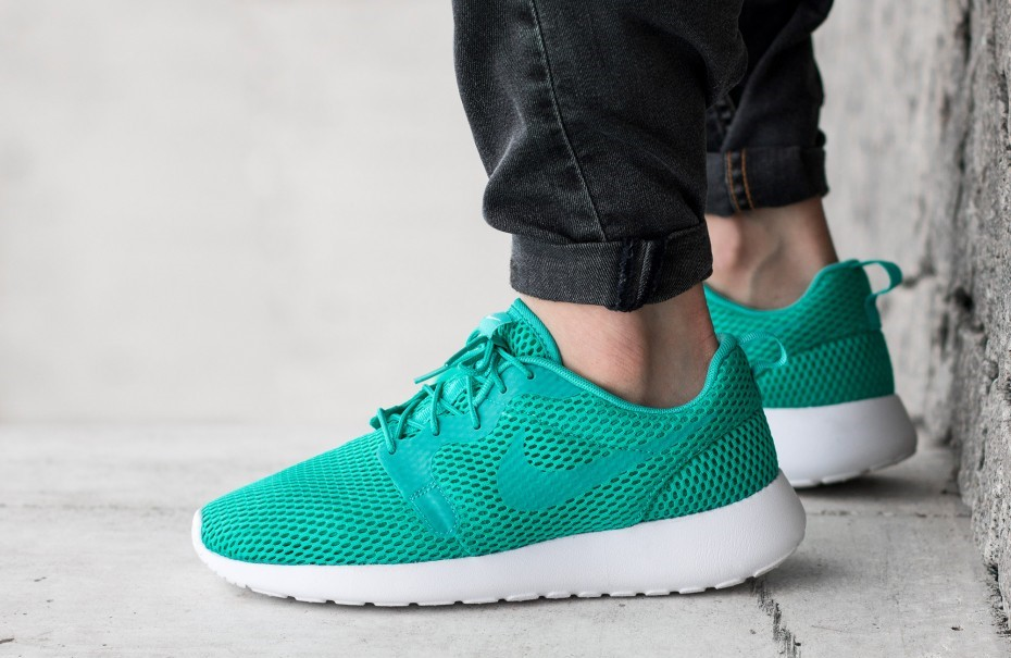f1df609d0616 Nike Roshe One Hyperfuse BR Clear Jade - Kicks Links
