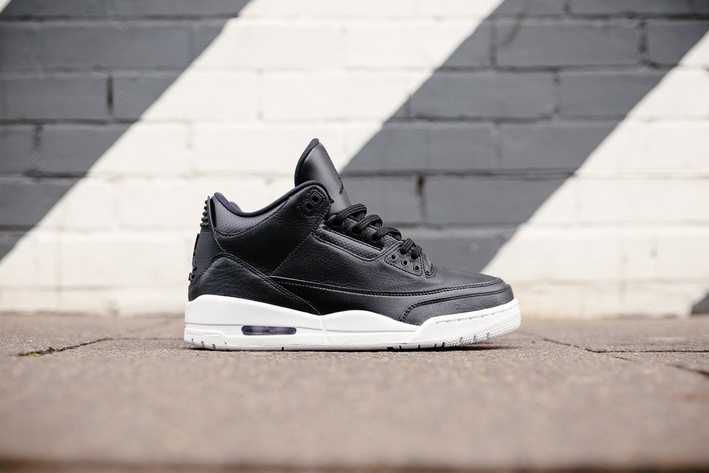 official photos 74a42 fe838 Air Jordan 3 Retro Cyber Monday - Kicks Links