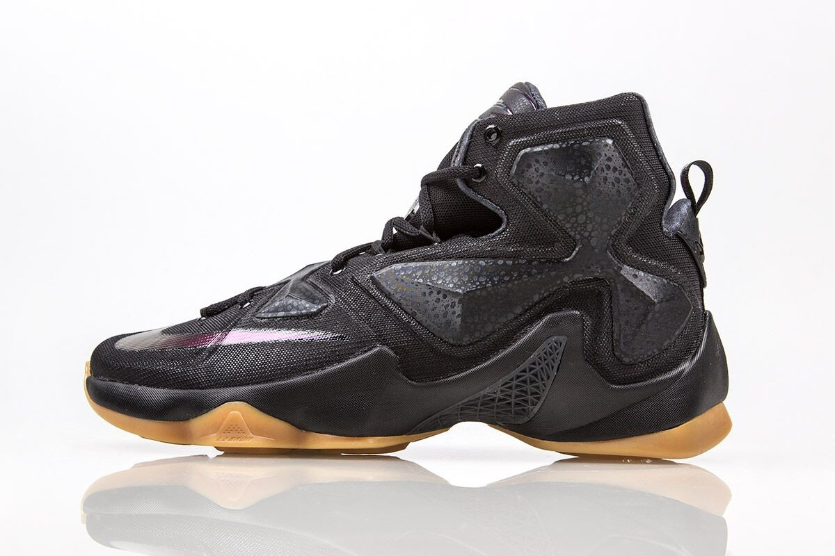 LeBron 13 Black Lion