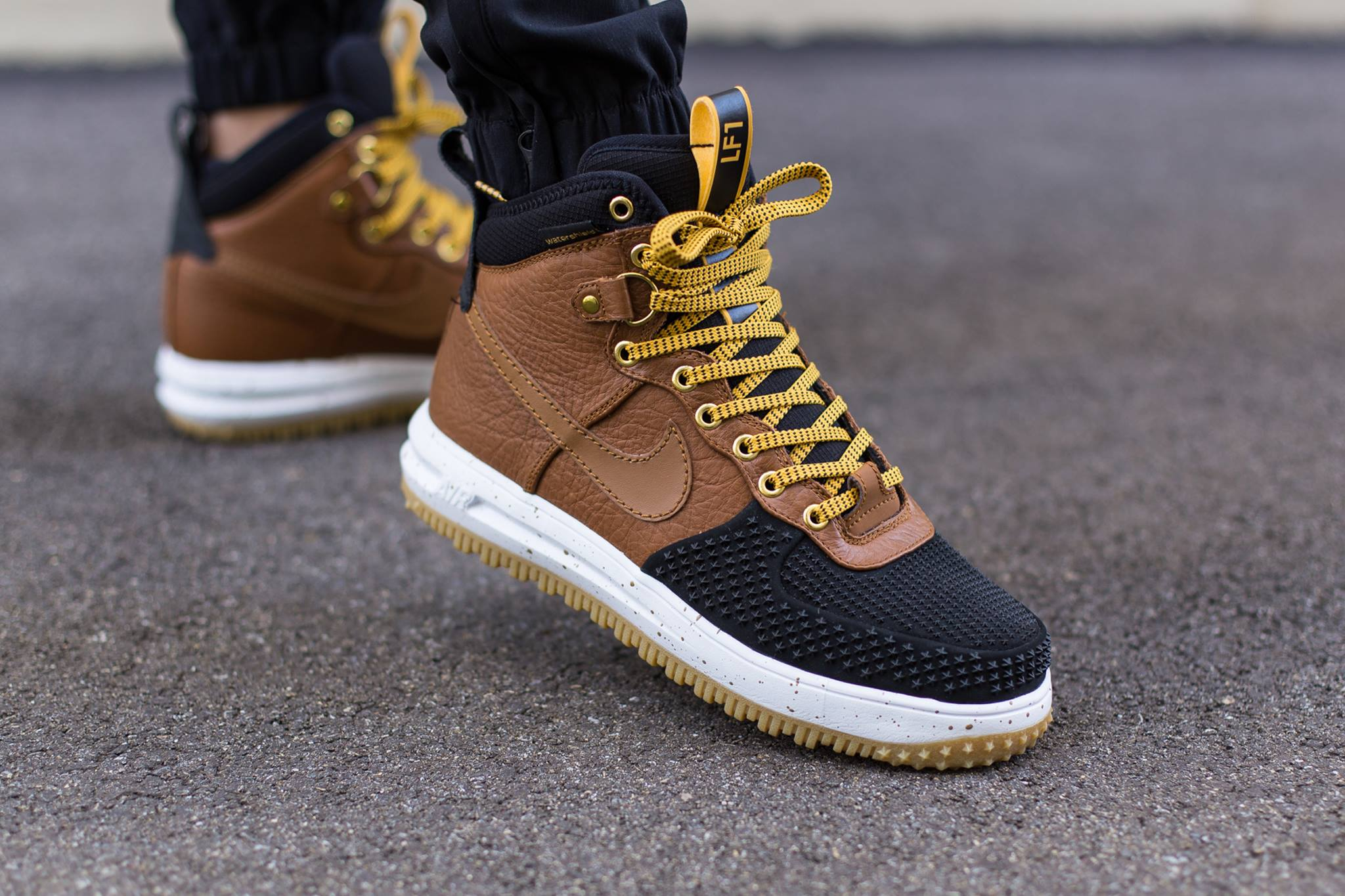 Nike Lunar Force 1 Duckboot Gold DartBlack Kicks Links
