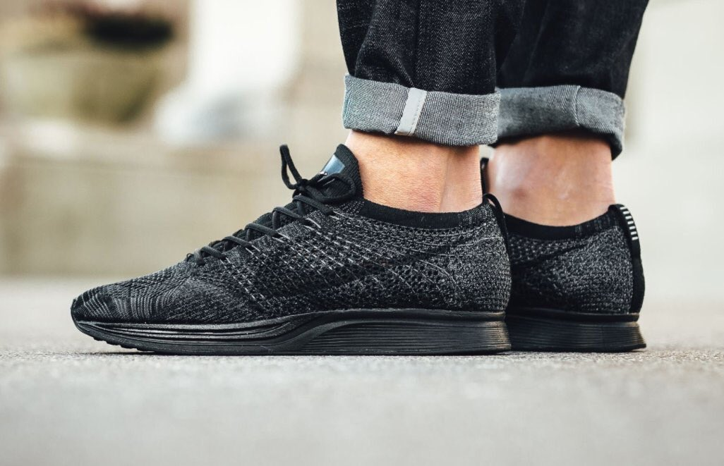 new products 8c6b3 4d66e Nike Flyknit Racer Midnight